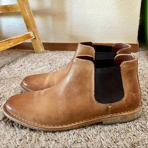 Casual Chelsea Slip On Boot by Kenneth Cole 10.5